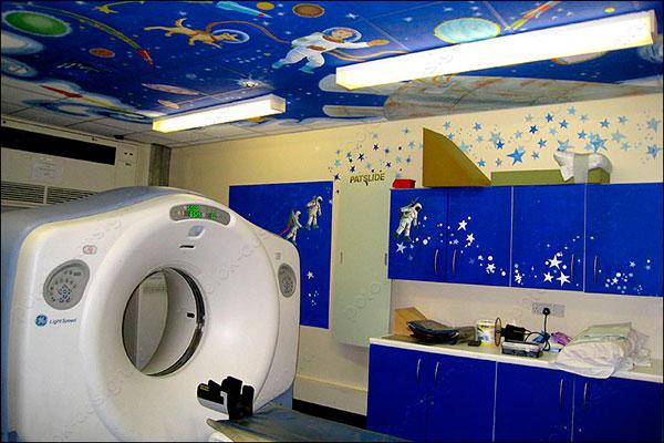 дизайн потолока в детском медицинском учреждении